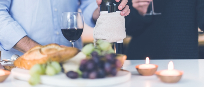 HOW A DINNER CAN BE BUNGLED