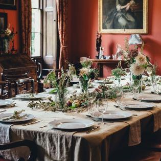 ETIQUETTE: 20 TIPS FOR ATTENDING A FORMAL DINNER