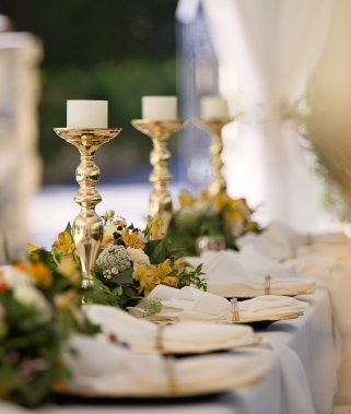 FORMAL DINING TABLE DECORATION: 13 DONT'S