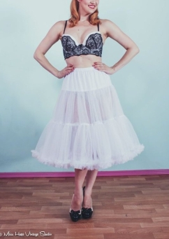 White Pin Up Net Petticoat